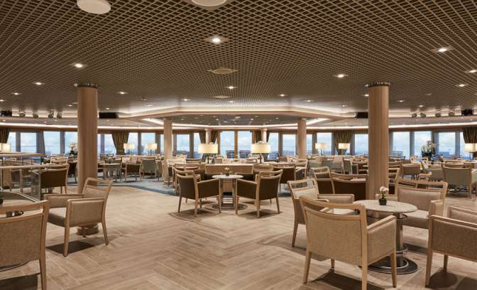 panorama lounge silver muse